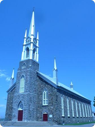 Église extérieure (Photo : © Nathalie Allaire)