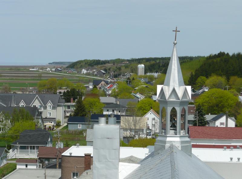Village de L'Isle-Verte (Est) vu de l'église   (Photo : © Nathalie Allaire)